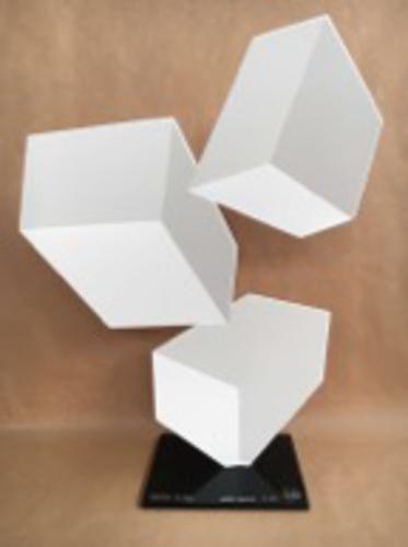 Centrifuge F172 - White Pearl, 2016