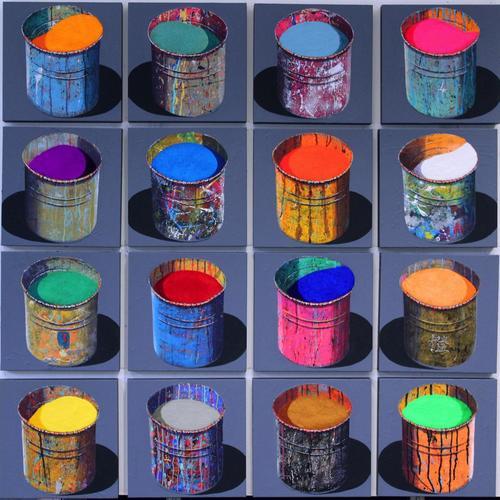 Composition de 16 pots d'artiste (2)