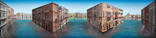 Round Venice